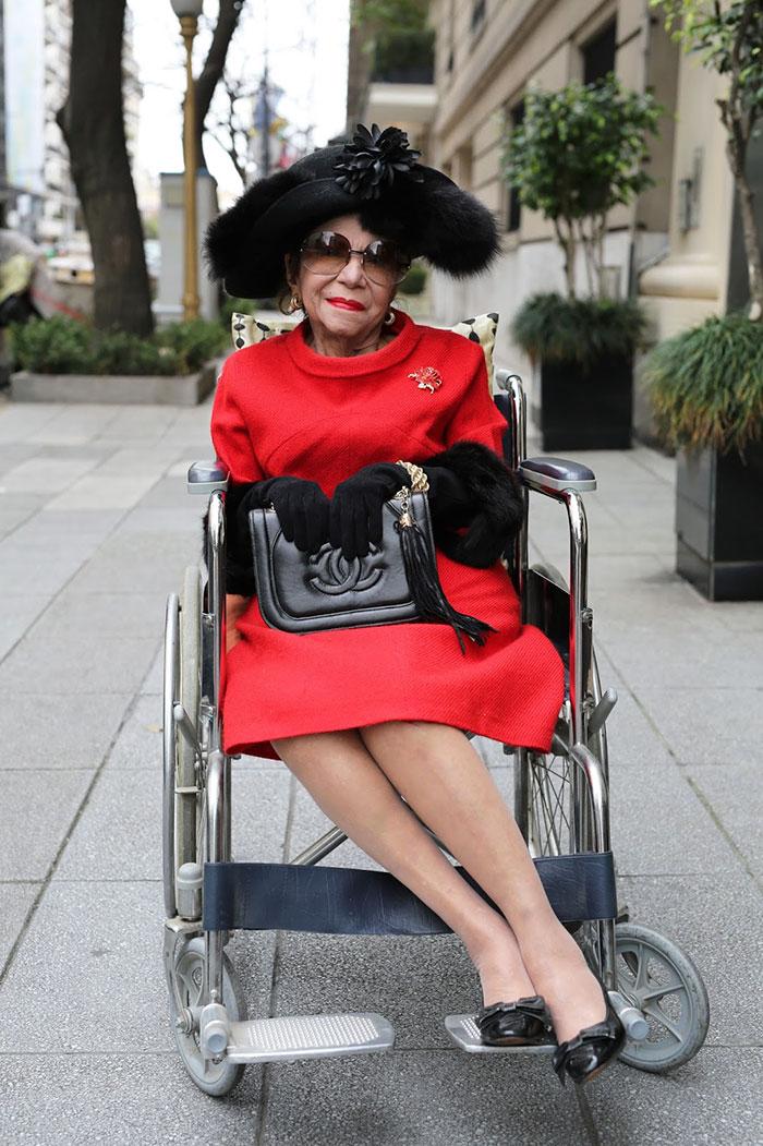 stylish-seniors-advanced-style-older-and-wiser-ari-seth-cohen-67-572206a914075__700